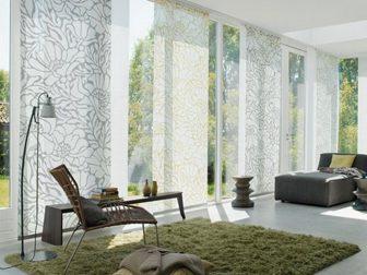 Как правильно подобрать шторы к интерьеру и обоям